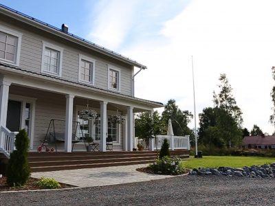 Ett stort hus åt en stor familj - Teri-Hus